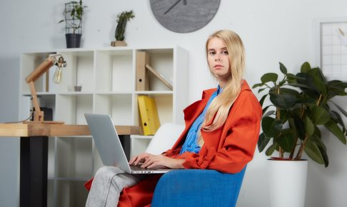woman-operating-personal-computer-3